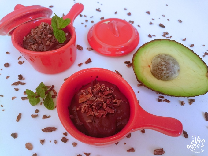 mousse-de-chocolate-com-abacate