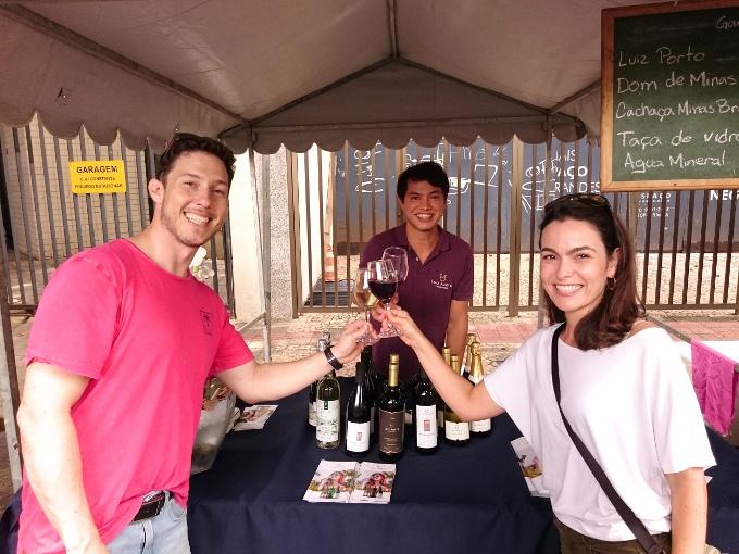 feira aproxima vinhos mineiros