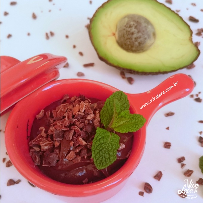 mousse abacate low carb