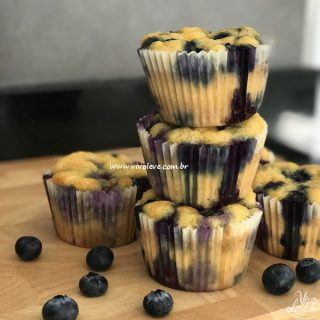 Muffin de blueberry Low Carb: a cada mordida, uma deliciosa surpresa!