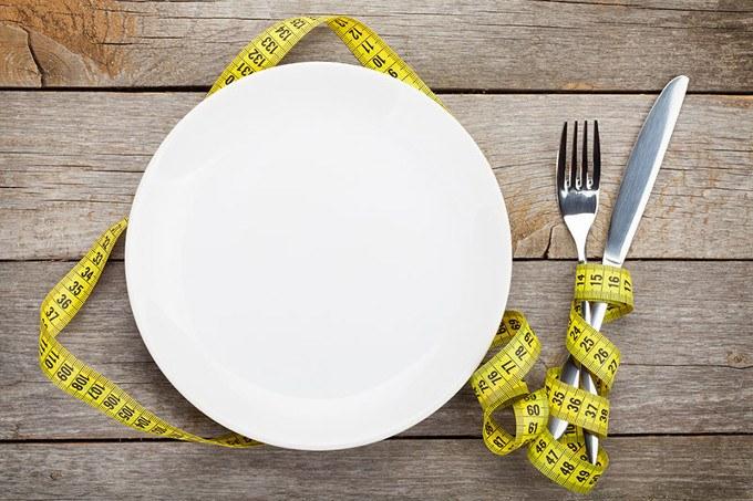 jejum intermitente pratica restricao calorica