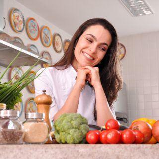 Segredo Culinário: 20 truques incríveis para deixar a sua cozinha mais prática e saudável – Qual você já conhecia?